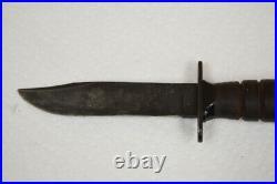 1953-1957 Camillus Pilots Survival Knife with Sheath. Post Korean War Era