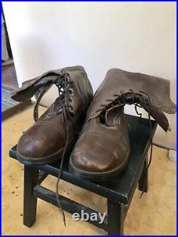 A Pair of size 13 Brown Leather Combat Boots 1950s Korean War original