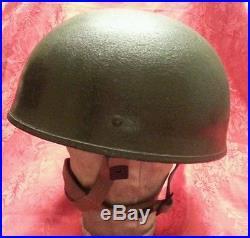 BRITISH AIRBORNE PARATROOPER HELMET Korean War Era 1953