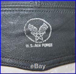 NICE, ORIGINAL KOREAN WAR USAF A-13 LEATHER FLIGHT HELMET With H-71/AIC HEADPHONES