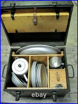 U. S. Officers mess kit trunk with utensils, dishes. WW II and Korean War