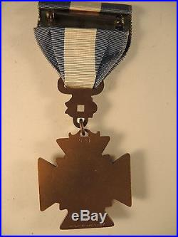UDC Korean war service medal with sea horse United Daughters of the Confederacy