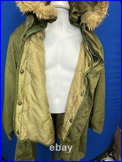 US Military Issue Korean War Era M-1951 Fishtail Parka Wolf Ruff Hood and Liner