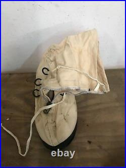 US White Canvas OverBoots Korean War boots military size large with wool Insole