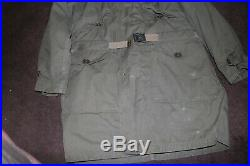 Very nice Korean war USMC M1947 parka size medium w belt vintage
