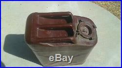 Vintage 1952 Usmc Metal Gas Can Korean War Military Collectible Bennett 1cc-5l