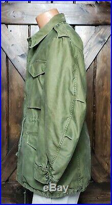 Vintage 50's M-1951 Field Jacket size Medium M51 USMC Korean War OG 107