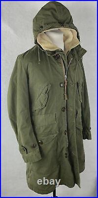 Vintage M-1947 M47 Military Overcoat Parka withPile Liner Green Korean War Small