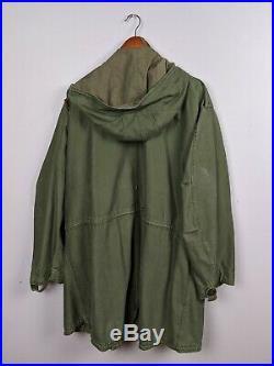 Vintage M-1951 Korean War Era Army Green Fishtail Parka Shell Coat XL
